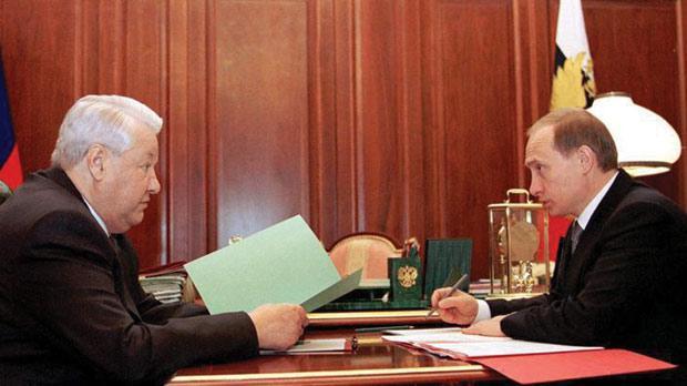 普京承諾不追究葉利欽家族貪瀆,獲其舉薦出任俄國總統。 圖片來源:路透社
