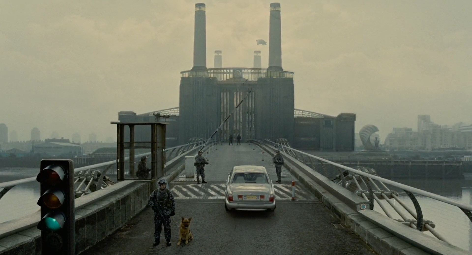 電影 Children of Men 劇照。