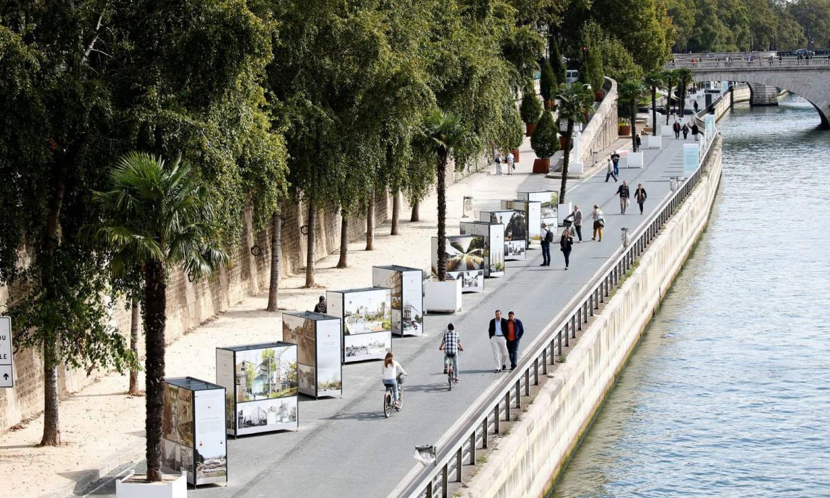 塞納河右岸暫時禁止行車。 圖片來源:路透社