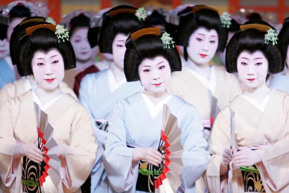 19 世紀日本藝伎素有被恩客包養的規矩。 圖片來源:路透社