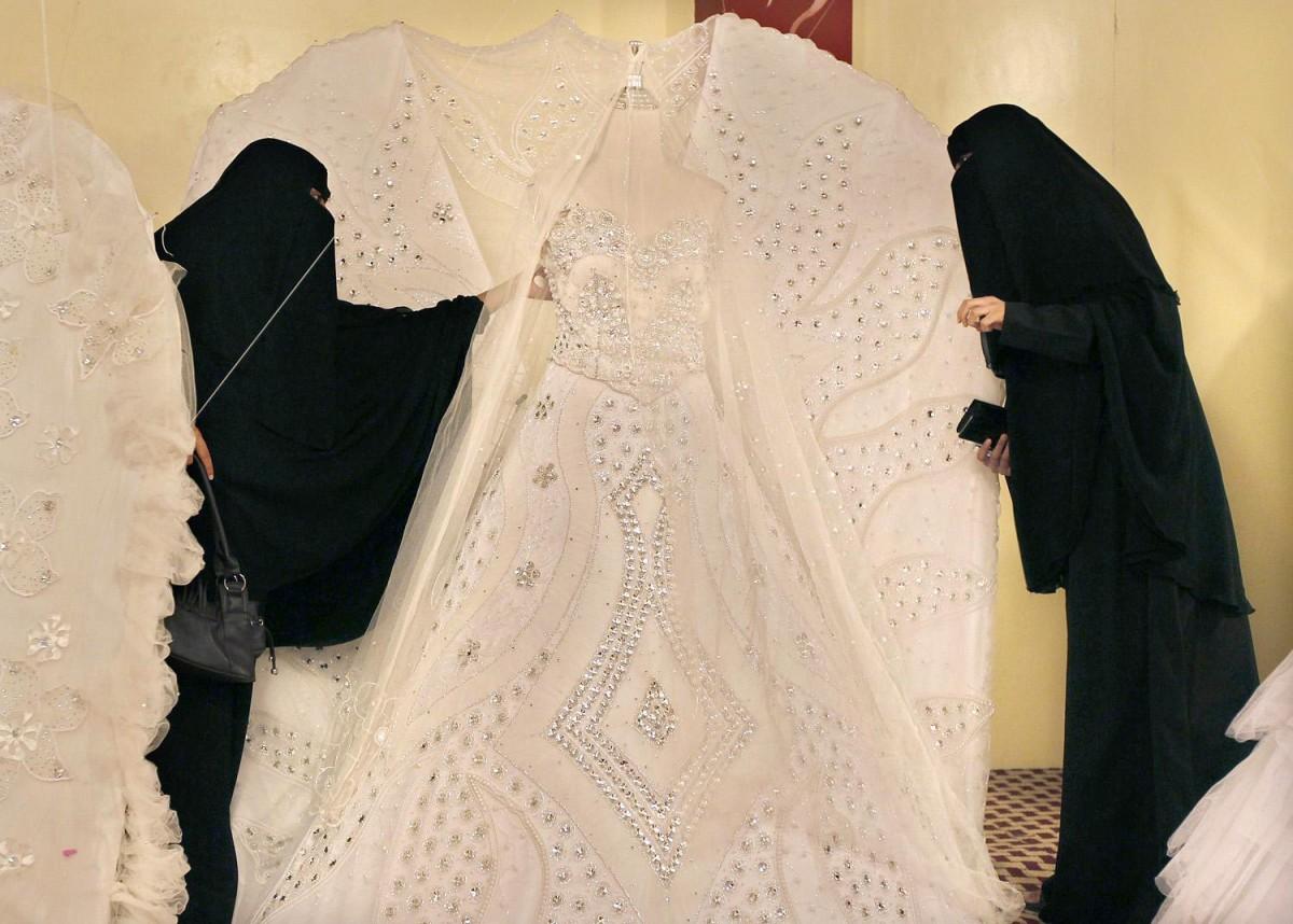 伊斯蘭習俗有「暫時性婚姻」,短則維持 3 日,長則 1 年。 圖片來源:路透社