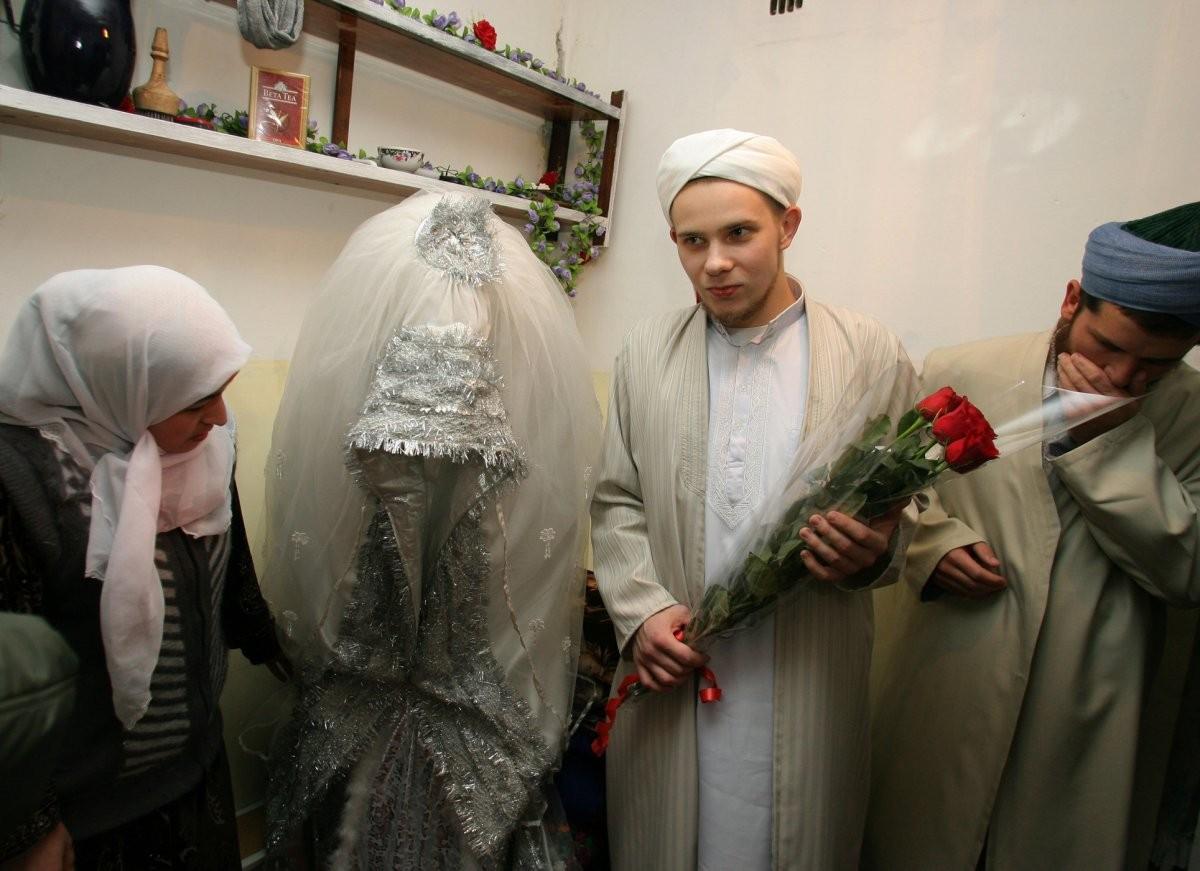 a-traditional-bride-in-tajikistan