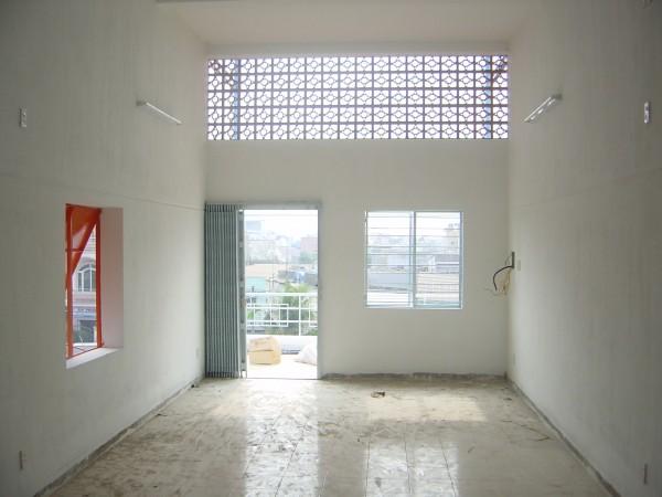 天花外牆透氣遮陽,有助室內降溫。 圖片來源:路透社