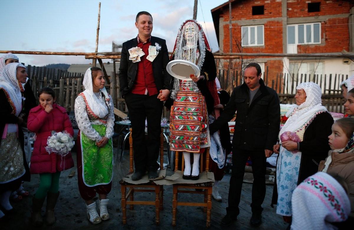at-a-wedding-in-ribnovo-bulgaria