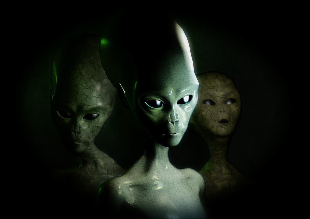 """Aliens series 1: Alien """"Greens"""""""