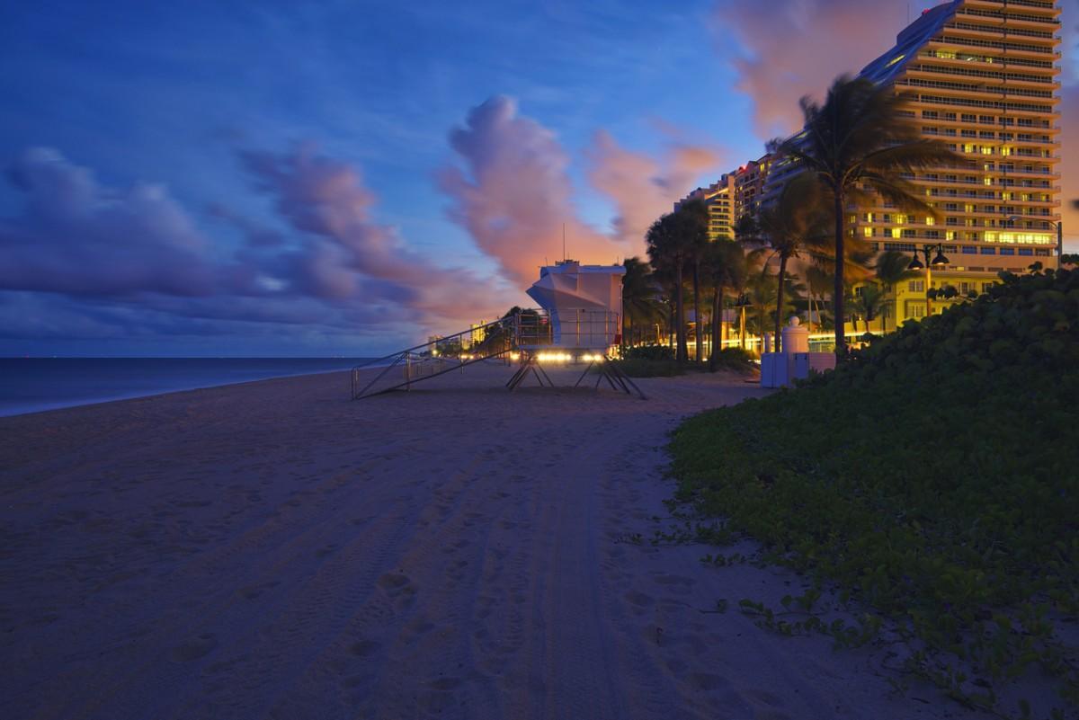 邁阿密羅德岱堡沙灘。