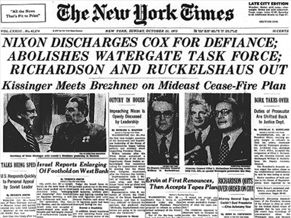 「紐約時報」報道,尼克遜就水門案調查工作,罷免考克斯及迫走理查森與其副手。
