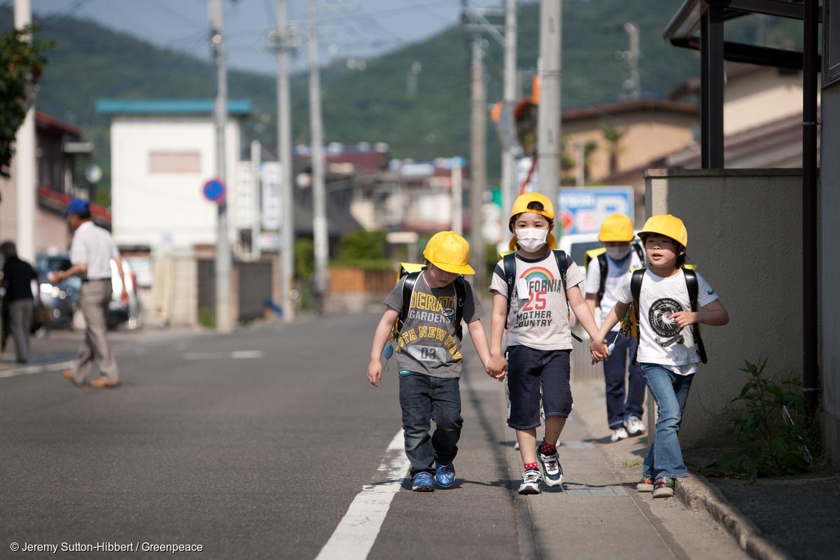 福島災民流離失所,飽受歧視,日本政府草率決定撤銷部分災區的疏散令,無疑是雪上加霜。