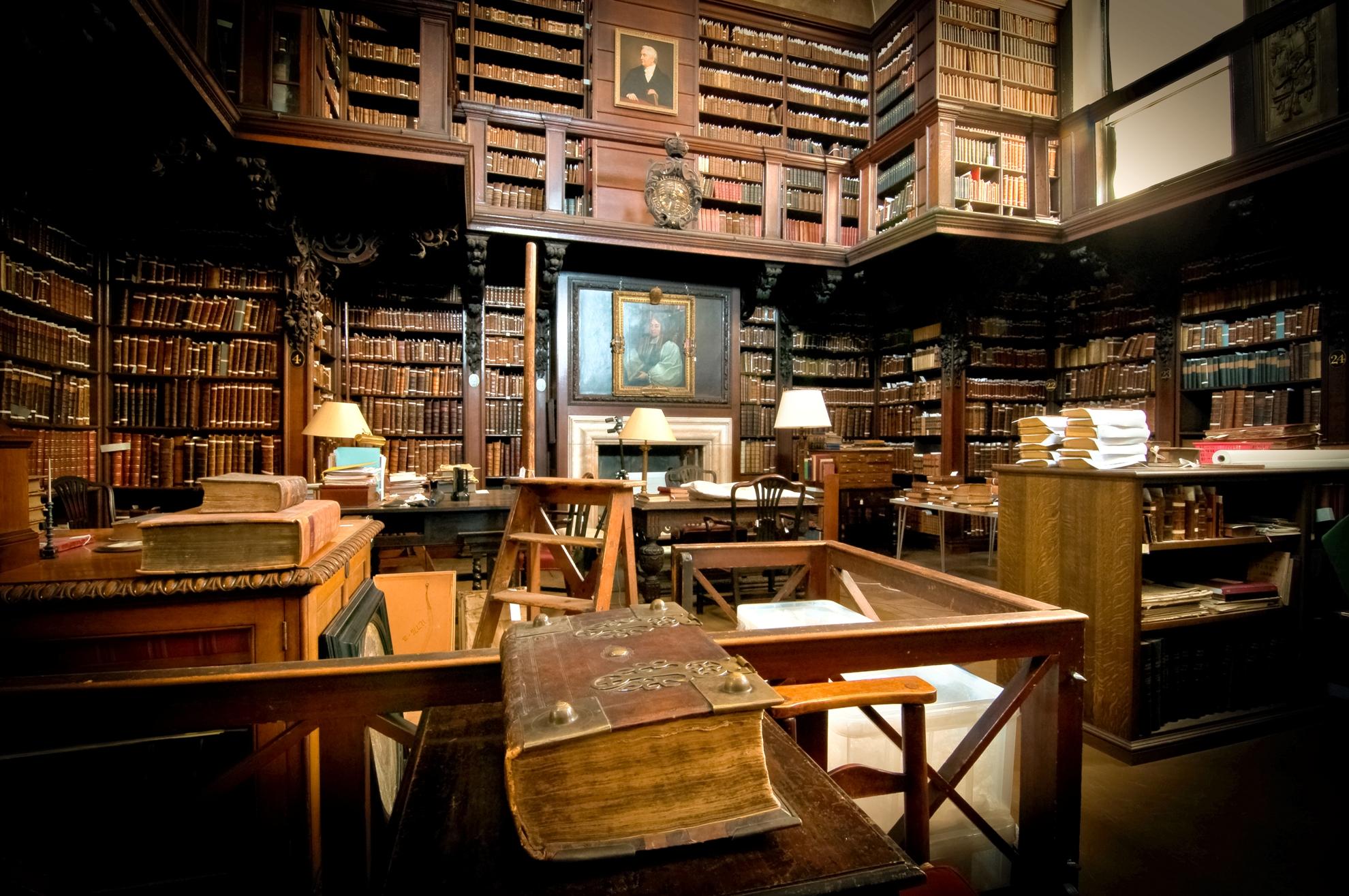倫敦聖保羅大教堂主教參事會圖書館,建於18世紀