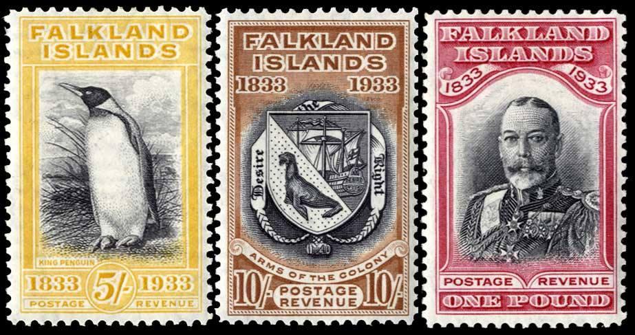 1933 年英屬福克蘭群島慶祝英國統治 100 週年紀念郵票,依次左起圖案為企鵝、福克蘭群島紋章,和英王佐治五世。