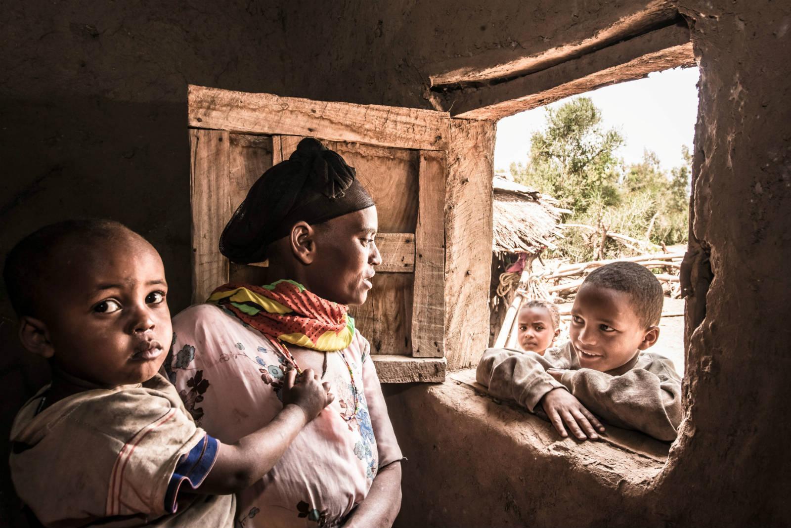 Fatuma 參加了樂施會舉辦的婦女小農互助小組,學習種菜,改善孩子的生活。