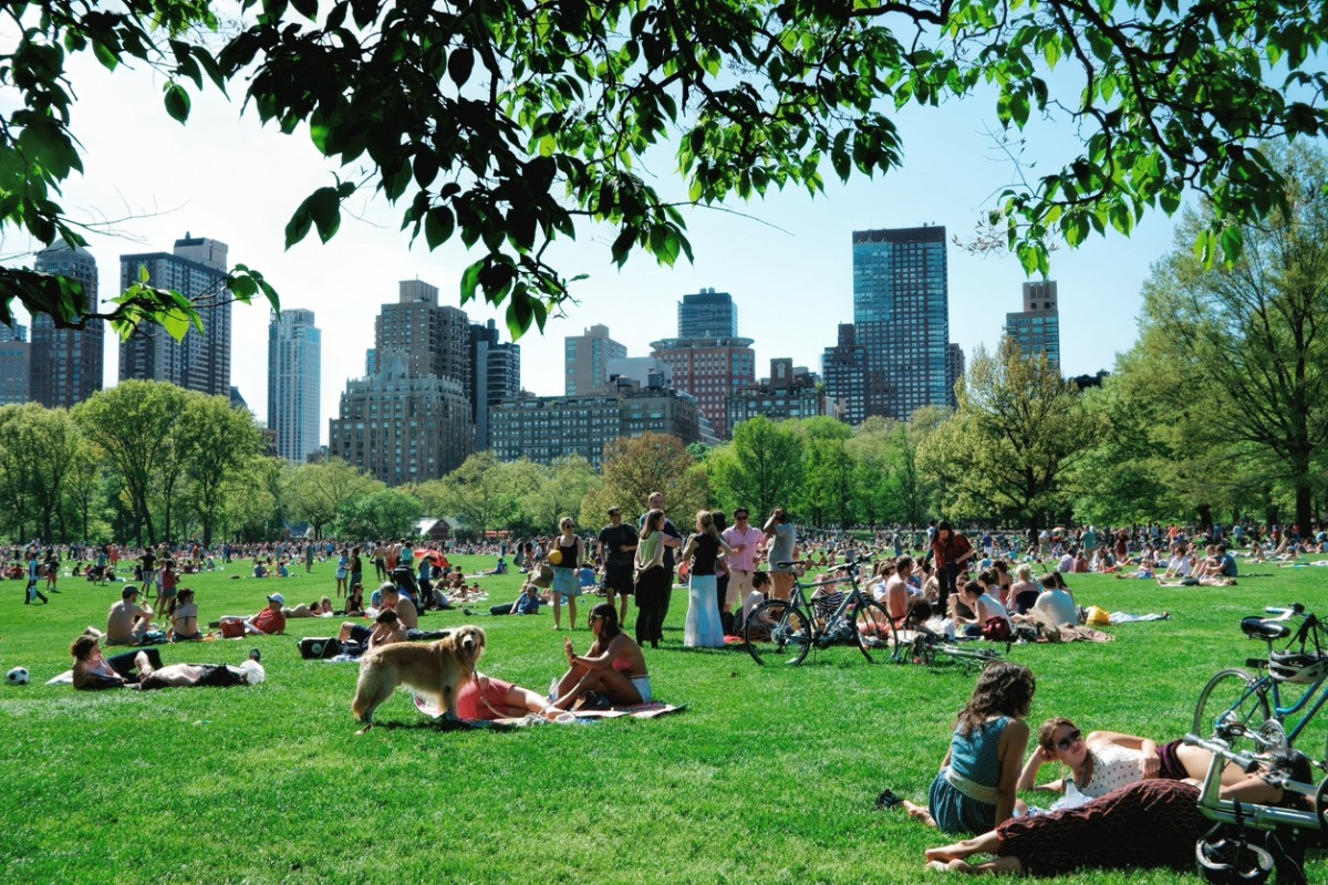 New Yorkers in central Park